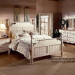 Set Kamar Tidur Minimalis Duco Putih Klasik FKT-K 545
